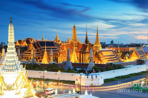 Grand Palace And Wat Phra Keaw At Art Print