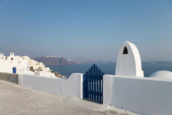 Wall Art - Photograph - Greece, Cyclades, Santorini, Oia, Gate by Buena Vista Images
