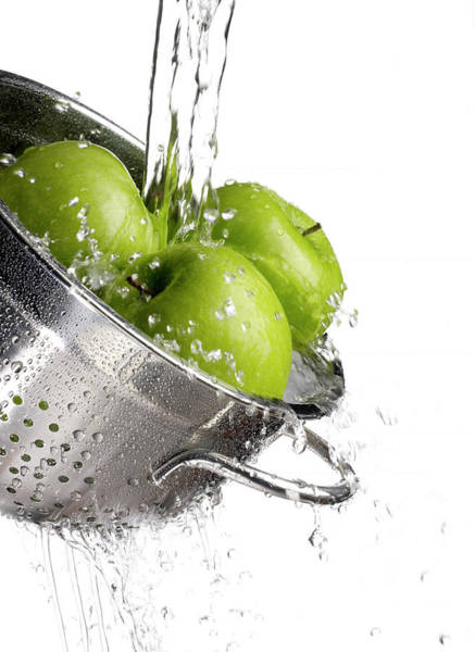 Colander Wall Art - Photograph - Green Apples And Water Pouring by Tony Cordoza