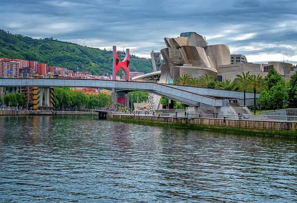 Photograph - Guggenheim Museum by Tom Singleton