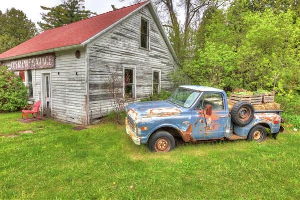 Photograph - Gus Klenke Garage by Paul Schultz