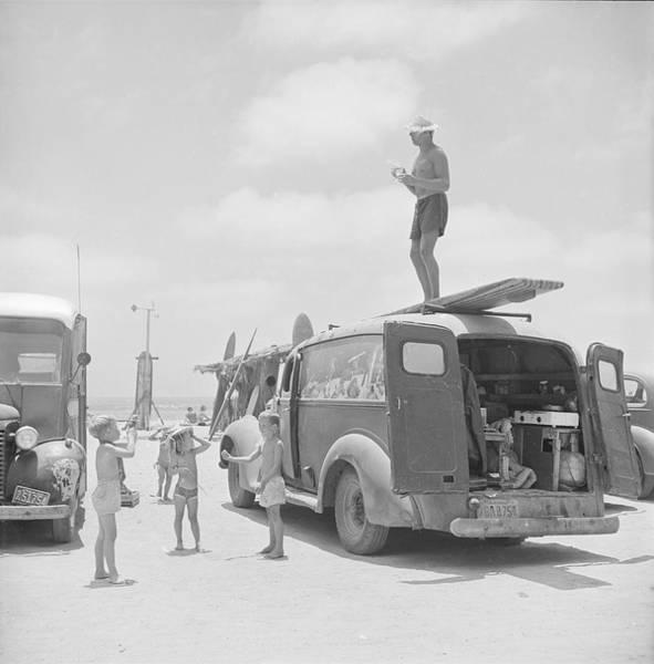 Photograph - Hammerhead Gravage On His Van by Loomis Dean