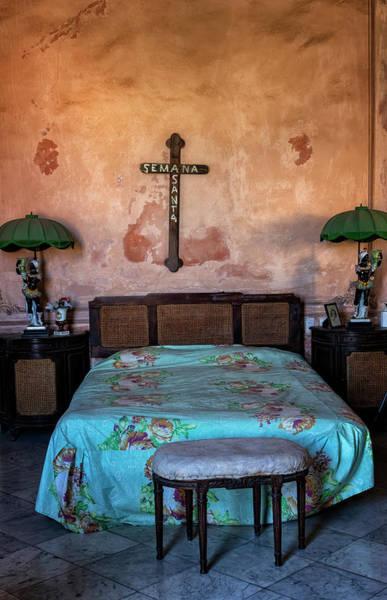 Photograph - Havana Bedroom by Tom Singleton