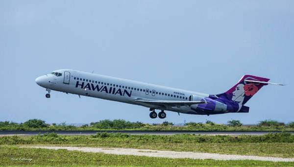 Photograph - Hawaiian Airlines N493 H A Boeing 717 Tacking Off Honolulu Hawaii Art by Reid Callaway