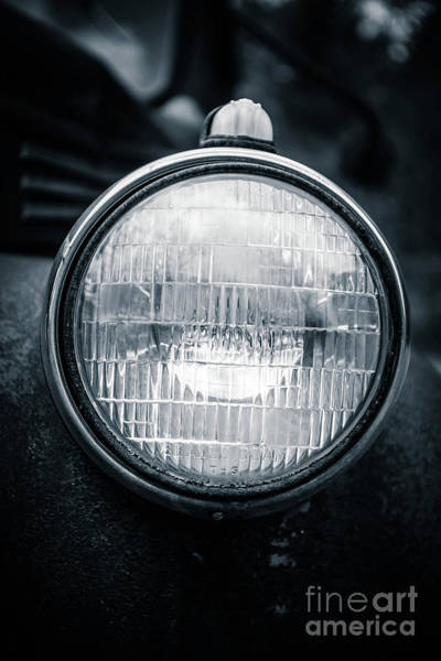 Photograph - Headlight by Edward Fielding