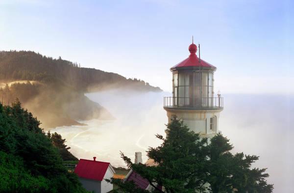 Heceta Head Lighthouse Photograph - Heceta Head Lighthouse by Kingwu