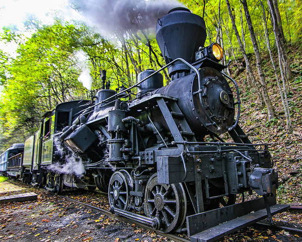 Photograph - Heisler No. 6 Steam Engine by Dale R Carlson