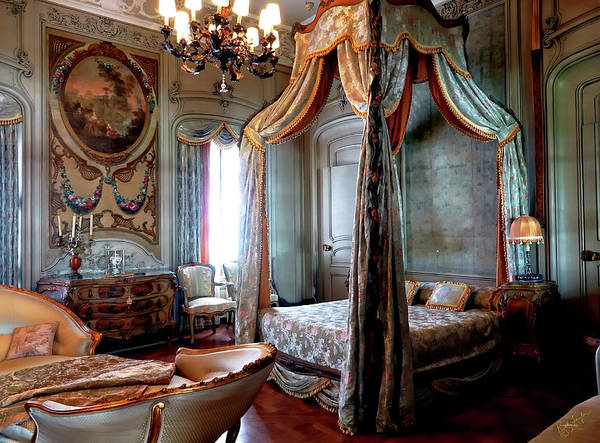 Photograph - Historic Bedroom by Rick Lawler