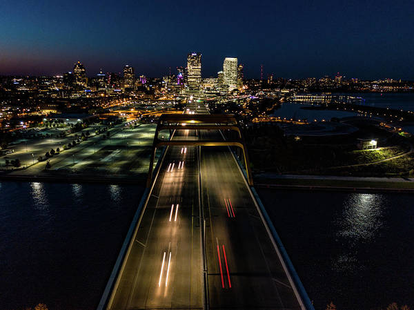 Photograph - Hoan Bridge Streaks by Randy Scherkenbach