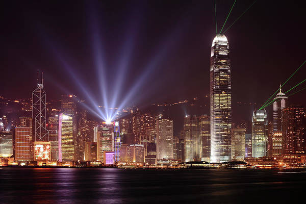 Central Business District Wall Art - Photograph - Hong Kong Skyline At Night With Bright by Samxmeg
