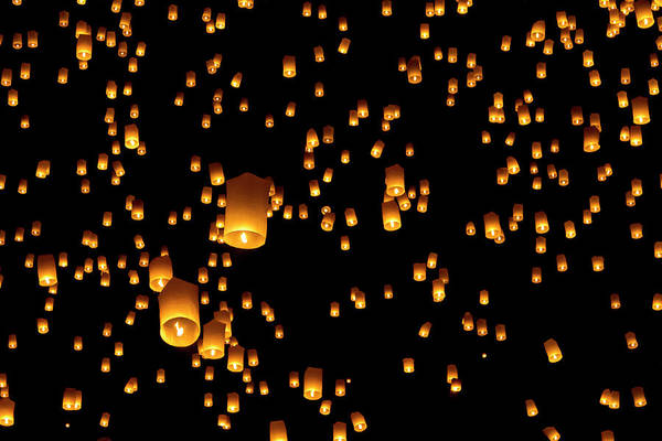 Chinese Lantern Wall Art - Photograph - Hot Air Lanterns In Sky by Daniel Osterkamp