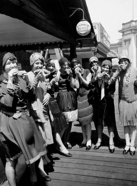 Flapper Photograph - Hot Dogs At White City by Chicago History Museum