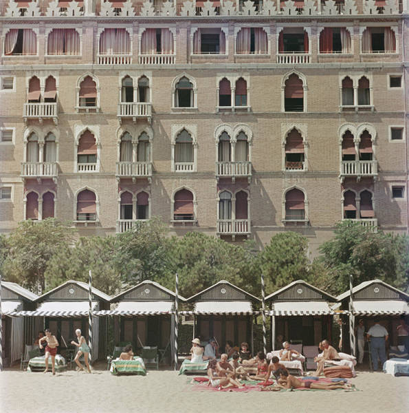 Venezia Photograph - Hotel Excelsior by Slim Aarons