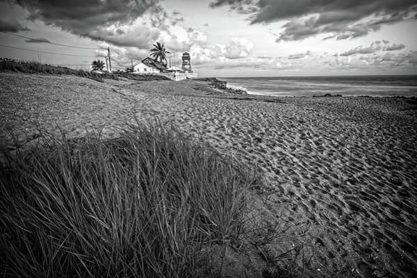 Photograph - House Of Refuge Beach 5 by Steve DaPonte
