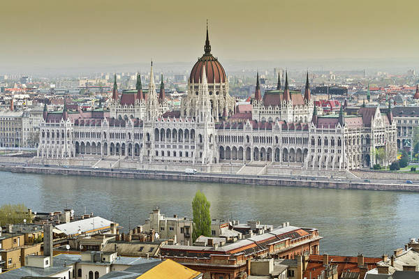 Parliament Building Photograph - Hungarian Parliament Building by (c) Thanachai Wachiraworakam
