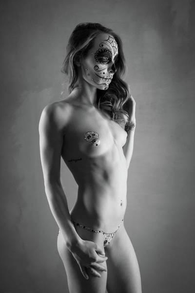 Bodypaint Wall Art - Photograph - Hypnotique by Blue Muse Fine Art