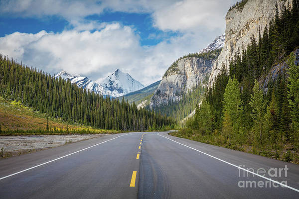 Western Canada Photograph - Icefields Parkway Peaks by Inge Johnsson