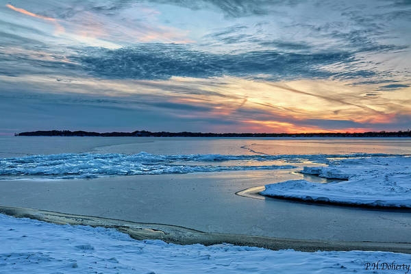 Great Lakes Region Wall Art - Photograph - Icy Night On Abino Bay by Phill Doherty
