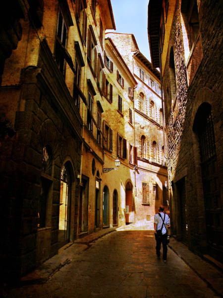 Photograph - Il Turista by Micki Findlay