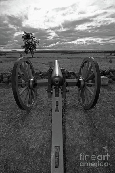 Cemetery Ridge Photograph - In The Sights At Gettysburg by James Brunker