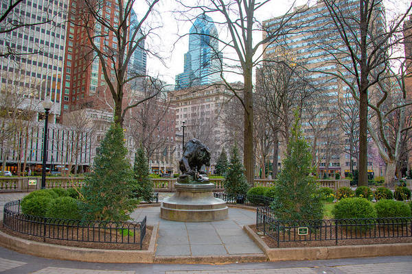 Rittenhouse Square Wall Art - Photograph - In The Spring At Rittenhouse Square - Philadelphia Pa by Bill Cannon