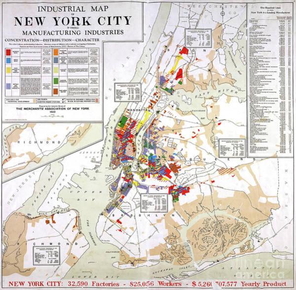 New York Wall Art - Mixed Media - Industrial Map Of New York City, 1922 by Zal Latzkovich