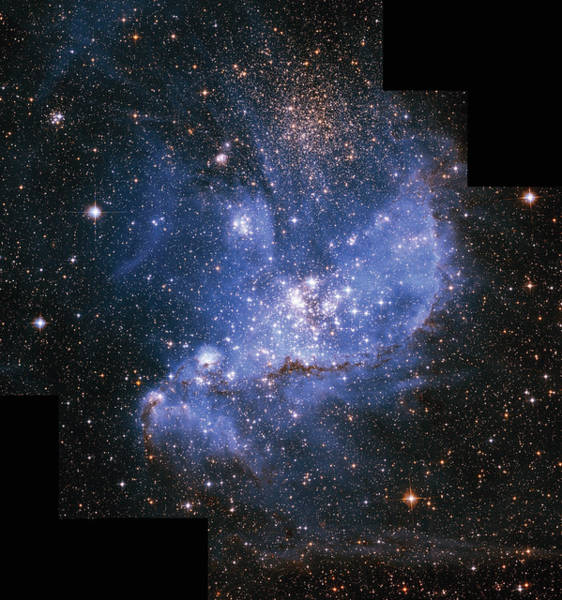 Space Exploration Digital Art - Infant Stars In The Small Magellanic by Encyclopaedia Britannica/uig