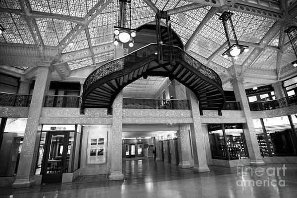 Wall Art - Photograph - interior of the two storey sky lit lobby of the rookery building designed by frank lloyd wright Chic by Joe Fox