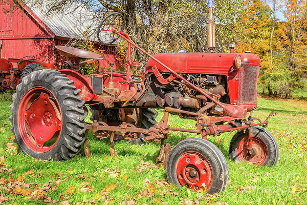 Photograph - International Harvester F-cub Vintage Tractor by Edward Fielding
