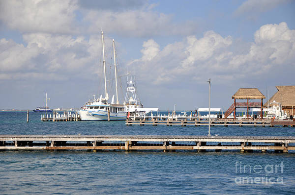 Isla Mujeres Photograph - Isla Mujeres 2 by Andrew Dinh