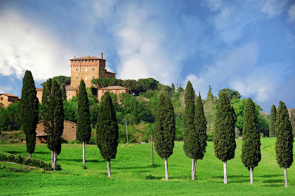 Wall Art - Photograph - Italy, Pienza View Of Villa On Hilltop by Jaynes Gallery