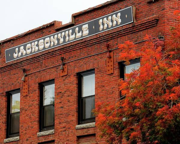 Photograph - Jacksonville Inn by Jerry Sodorff