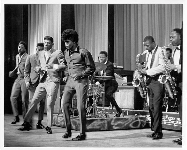 Apollo Theater Photograph - James Brown And Famous Flames At The by Michael Ochs Archives