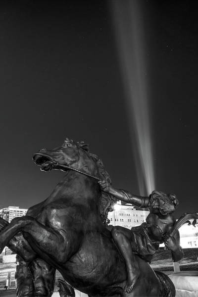 Photograph - J.c. Nichols Fountain Statue - Kc Plaza Lights Monochrome by Gregory Ballos