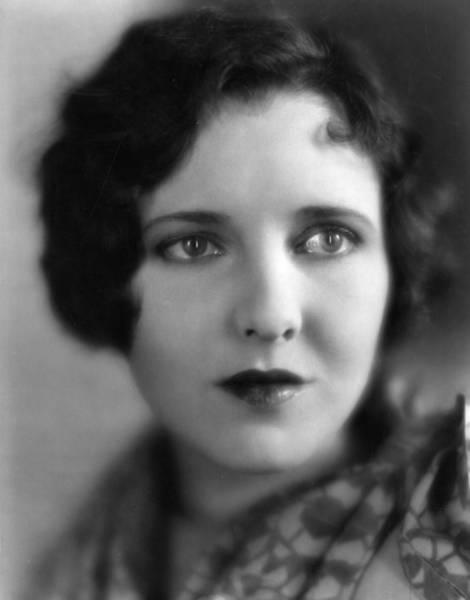 Heroine Photograph - Jean Arthur by Hulton Archive