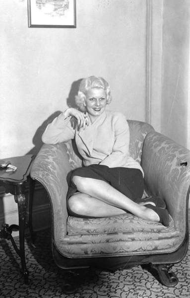 Journey Photograph - Jean Harlow, The Screens Original by New York Daily News Archive