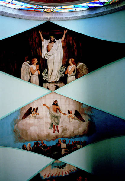 Photograph - Jesus In Manila by Shaun Higson