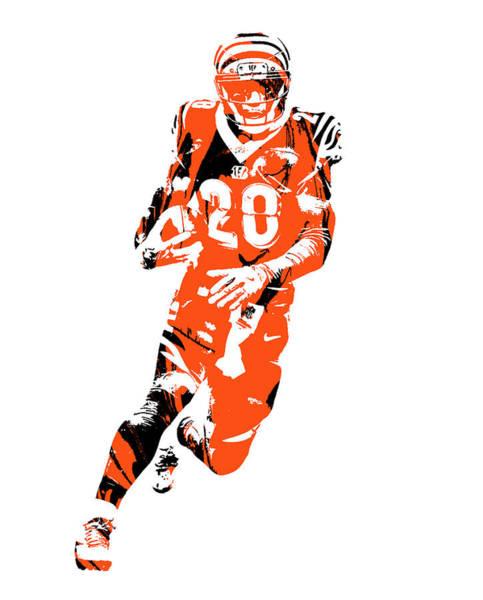 Wall Art - Mixed Media - Joe Mixon Cincinnati Bengals Pixel Art 1 by Joe Hamilton