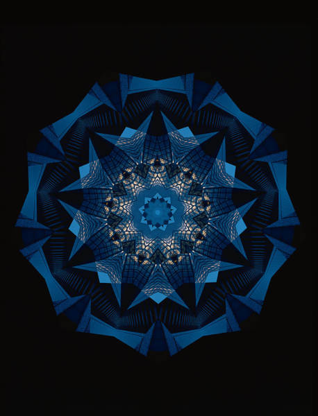 Symmetrical Digital Art - Kaleidoscope Pattern by Shigeru Tanaka