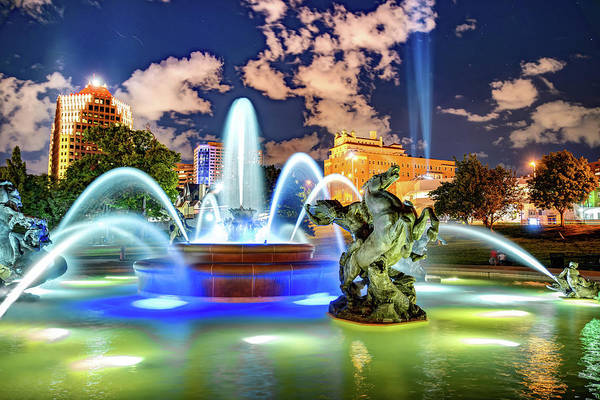 Photograph - Kansas City J.c. Nichols Fountain In The Plaza by Gregory Ballos