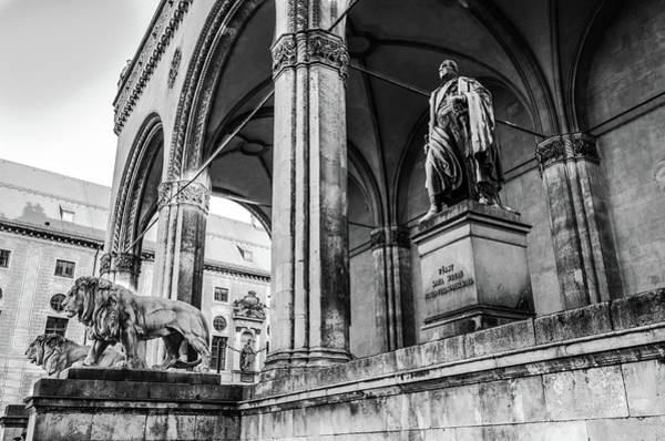 Photograph - Karl Wrede Statue by Borja Robles