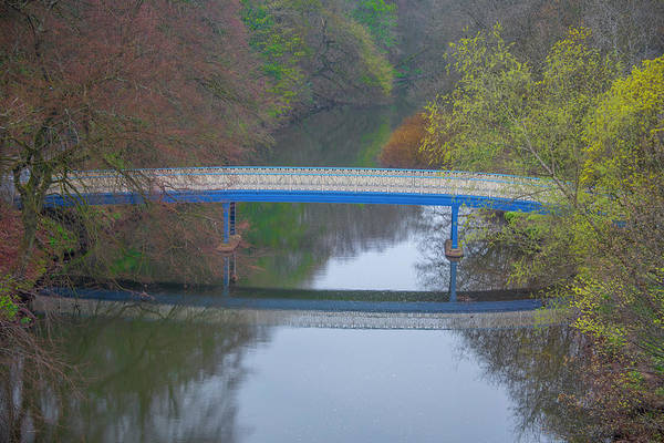 Wall Art - Photograph - Kelvin Walkway Bow Bridge - Glasgow by Bill Cannon