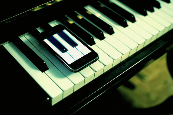 Piano Photograph - Keys Of Piano by By Carlos Cossio