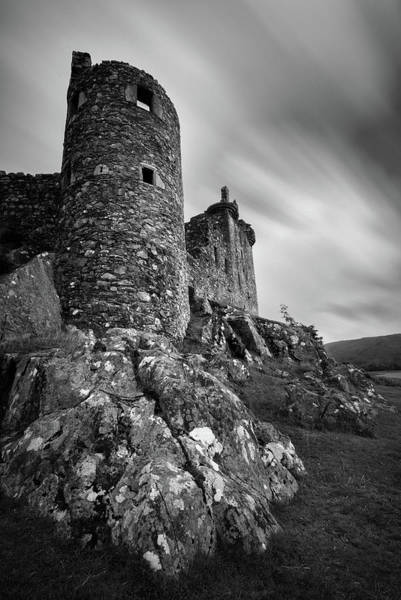 Wall Art - Photograph - Kilchurn Castle Walls by Dave Bowman