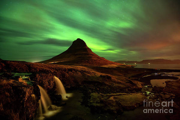 Wall Art - Photograph - Kirkjufell Glow by Jamie Pham