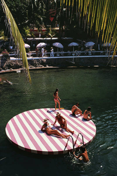 Group Of People Photograph - La Concha Beach Club by Slim Aarons