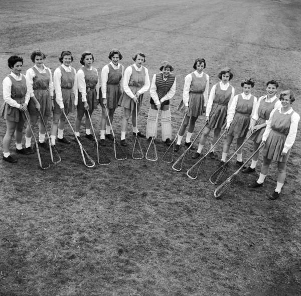 Learning Photograph - Lacrosse Team by Orlando