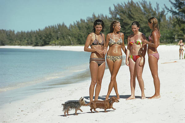 Ladies Of Lyford Cay Art Print by Slim Aarons