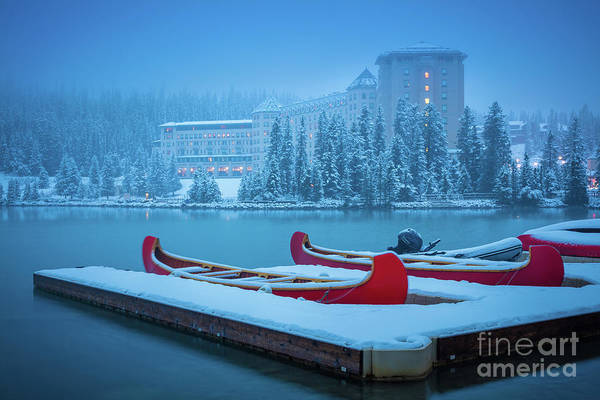 Canadian Rocky Mountains Photograph - Lake Louise Chateau by Inge Johnsson
