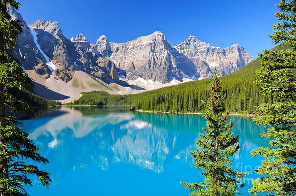 Colorado Wall Art - Photograph - Lake Moraine, Ab, Canada by Richard Cavalleri